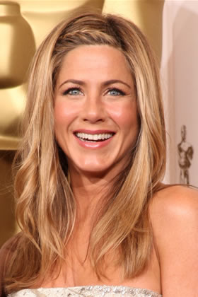 jennifer-aniston-braided-hairstyle