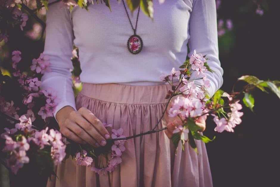 Våren kan innebära krav på glädje och ork