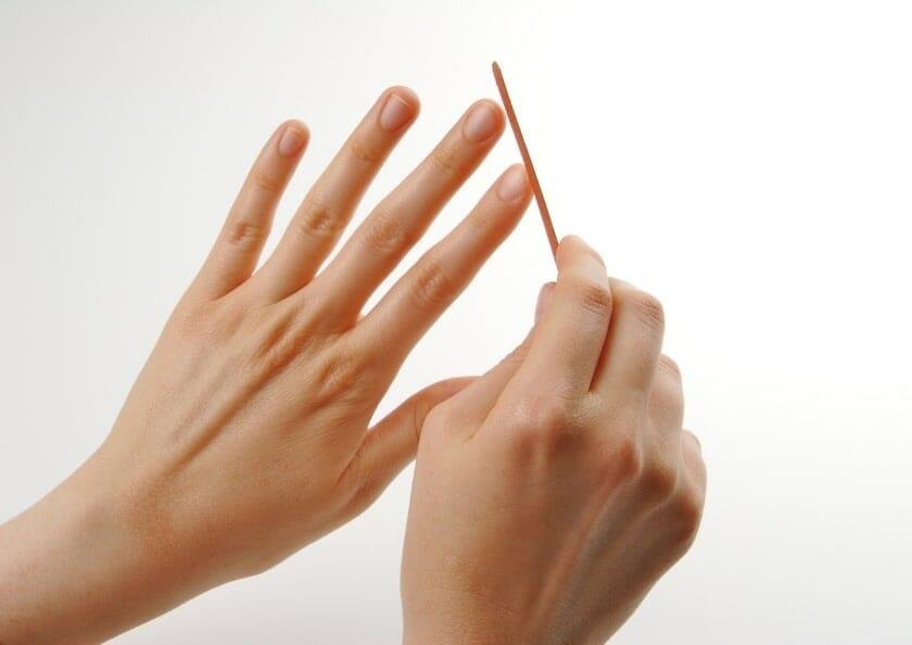 filar naglarna med nagelfil